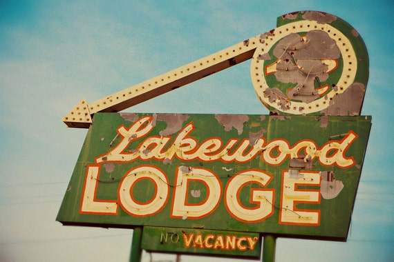 Lakewood lodge neon sign save the signs on colfax avenue for Colfax motor lodge colfax ca