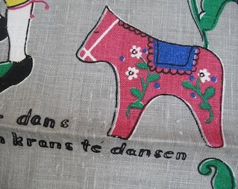 Dancing dala. Sweet M. Buhler signed Scandinavian, Swedish towel. MWT, made in Sweden. Excellent vintage condition.