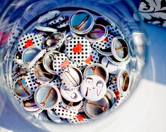 1 Inch Custom Button Pins or Magnets. Set of 100. Wedding Favors. Party Favors. Guest Mementos. Pinback Badges.
