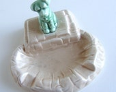 50% off sale Sylvac Beige Ashtray with green dog