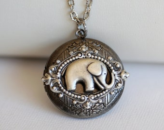 Best of Friends, Valentine's Gift,Jewelry Gift,Baby Elephant Locket Necklace,Wedding, ,Wedding,Bridal Jewelry,Bridesmaids Gift