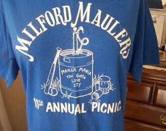 Vintage 1980s Bar League T shirt Ironic hipster