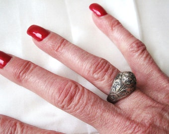 Silver Poison Ring from Peshawar-Size 9