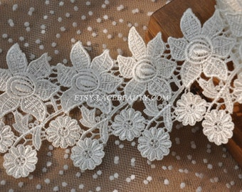 Exquisite Off White Venice lace Flower Embroidered Lace Trim 4 Inches Wide 1 Yard High Quality