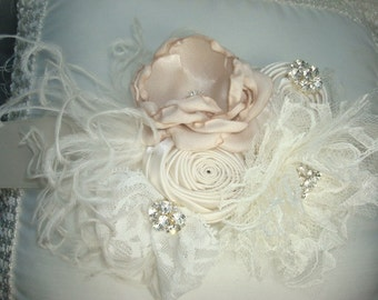 Wedding Sash, Bridal Sash, Bridal Sash, Ivory Flower Sash, Flower Girl, Flower Sash, Girls Flower Sash, Maternity Sash, Wedding Belt, Sash