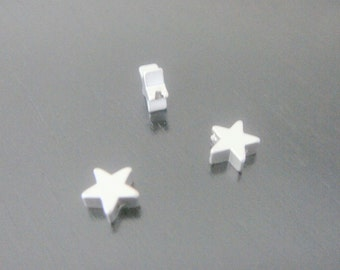 Matte Silver Tarnish Resistant Small Star disk Pendant, Connectors, Earring Findings, 2 pc, S511049