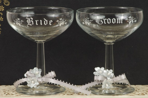 Vintage Bride and Groom Toasting Glasses Champagne Glasses with Gray Details