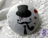 Fabric button, 0.78 in, printed  moustache
