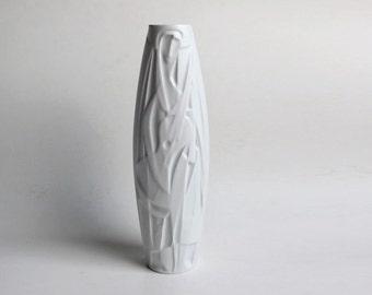 Rare XL German Porcelain Op Art Vase 'The Lute Player' - Cuno Fischer for Rosenthal 70s-  Studio Linie