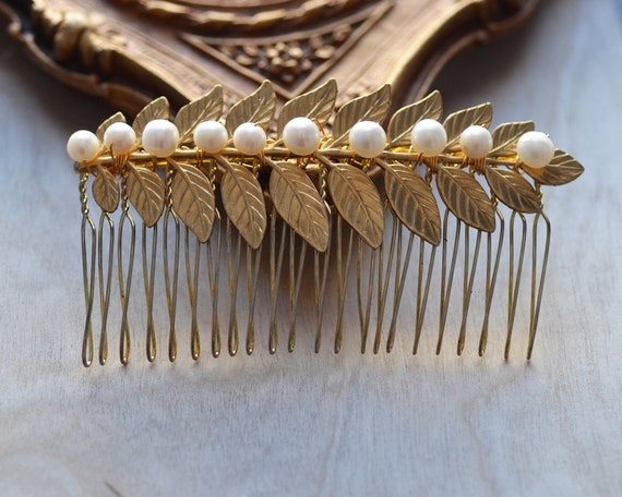 Hair Comb Pearl Bride Bridesmaid Delicate Wire Wrapped White Leaf Pearls Winter  Wedding Prom Special Occasions Black Tie