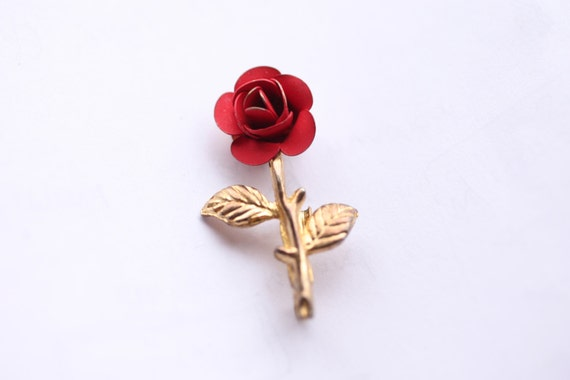 vintage s s small red rose pin metal flower pin, Beautiful flower