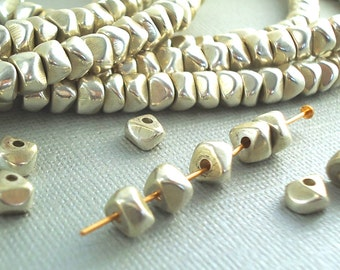 20 Silver plated Brass Beads 6mm Faceted Nugget Chips Chunky Polished Spacer Disk Quality Silver Heishi Disc Beads BOHO Natural Beads