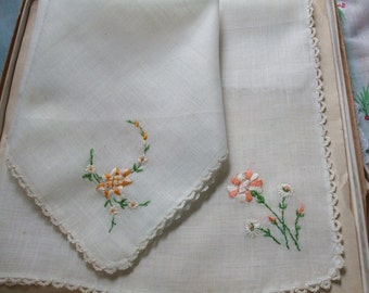 Ecru Hankies Set of Two Embroidered Flowers Crochet Edge Handkerchiefs Original Box