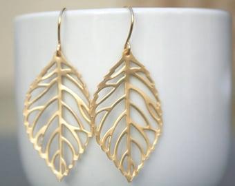 Gold Filigree Leaf Earrings. Leaf Earrings. Gold Leaves Earrings. Bridesmaid Earrings. Simple. Everyday. Valentines Day Gift.Delicate.Dainty