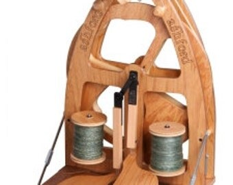 Joy2 Spinning Wheel with Carry Bag by Ashford, Double Treadle  US only