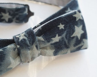 Denim - skinny style bow tie, freestyle, self tie bowtie for men - light blue cotton on reverse, by Bagzetoile