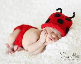 Newborn photo prop, lady bug newborn/ baby diaper cover and hat set, newborn girl, newborn set, newborn knit hat, baby props, photo props