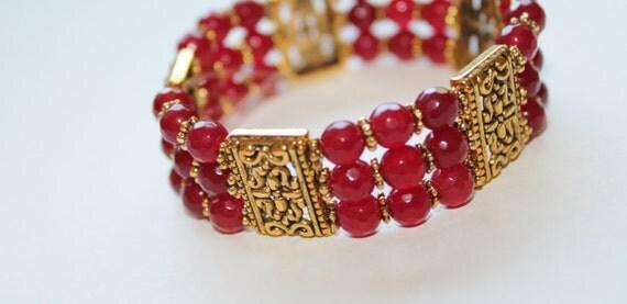 Red Jade beaded bracelet, beaded bracelet, elastic bracelet