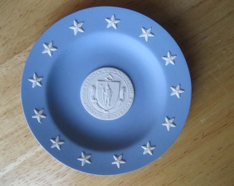 Vintage Seal of Massachusetts Wedgwood Jasperware Blue White Plate - FL