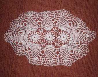 Vintage Single 1940s to 1960s Doily White Crochet Oblong