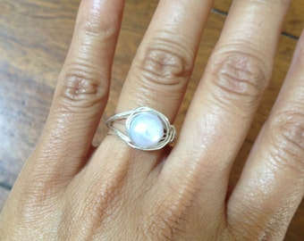 Lilac Pearl Silver Ring, Size 6.5, Etsy Jewelry, Lilyb444