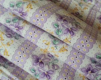 Vintage Cotton Fabric Lilac and White Stripes Violets Soft Flannel Suitable for Pillows Lavender Bags Feedsack