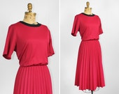 Vintage Burgundy Pleated Skirt Dress with Round Black Collar- Size XL / XXL