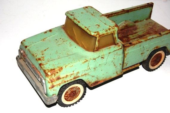 Toys For Trucks Calgary : Vintage metal toy trucks full naked bodies