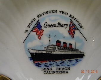 Queen Mary Liner Plate wall hanging