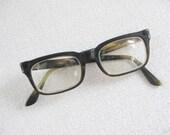 1950s tortoise eyeglasses