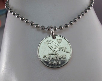 COIN JEWELRY - NORWEGIAN coin necklace. Norway ore. norge. chickadee. tit. bird.  animal chain.  No.001368