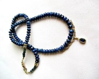 Blue Sapphire Necklace ./. Gemstone Necklace OOAK ./. September Birthstone ./. Sapphire in Gold Pendant ./. Collier Pierres Bleus