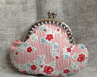 Red and Blue Floral Metal Clasp Frame Coin Purse