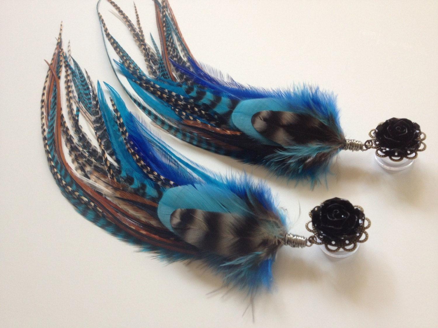 Plug And Feather : Inch plugs feather long blue cree grizzly dangle