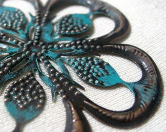 Filigree Stamping Large Flower Shape in Antique Copper 4 pieces