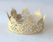 Newborn Gold Crown.  Baby Gold Crown. Newborn Gold Lace Crowns. Baby Gold Lace Crowns. Newborn Photography Prop. UK SELLER