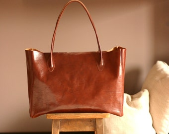 Free shipping to EU - Leather bag - Leather tote bag - Leather shoulder bag - leather tote - tote bag - gift for wife - made in Italy