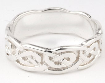Celtic Ring in sterling silver