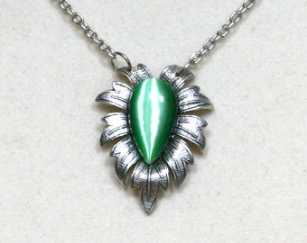 Green Teardrop Cat's Eye Glass Cabochon Antiqued Silver Leaf Necklace Pendant
