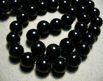 Glass Beads Black Round 10mm