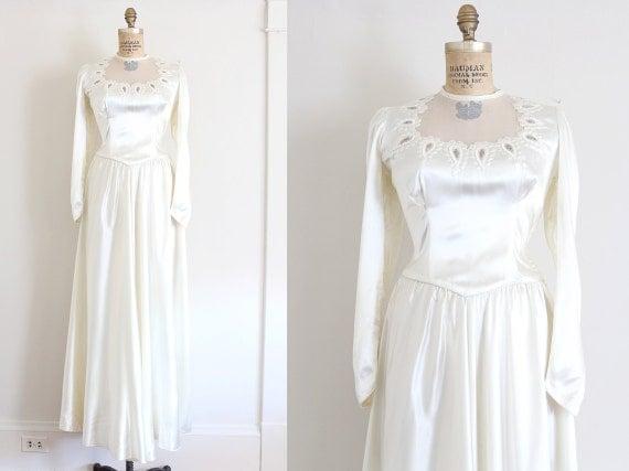Classic Wedding Dress Satin: Vintage 1940s Wedding Dress // 40s White Satin Wedding Gown