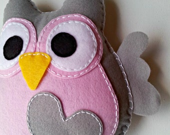 Fluffy Love Owl - Large