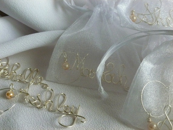 Custom Wine Glass Charms, Personalized Bridal Shower Favors, 7pcs