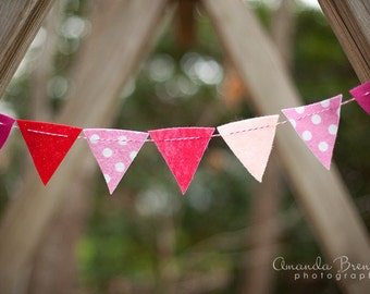 SALE Pink Polka Dot and Glitter Felt Bunting Garland
