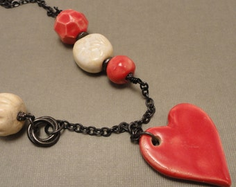Red Heart Gaea Pendant and Bead Necklace
