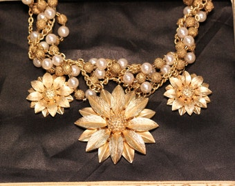 Vintage Ooak Statement Assemblage Necklace Sassy Sisters GOLD DUST WOMAN