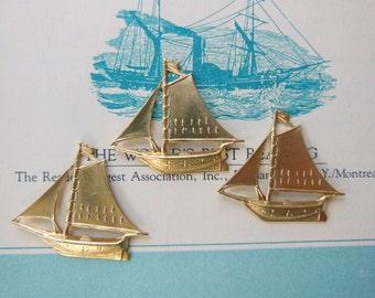 Lost At Sea Sailboat (3 pc)