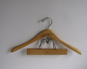Vintage Wooden Suit Hanger - Setwell Brand