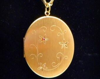Coro 2 Photo Locket Pendant Necklace Signed Vintage 1950s
