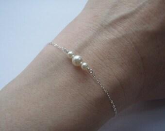 Silver, gold, rose gold Bracelet- Pearl Bracelet- White Pearl- Dainty Silver Bracelet- Tiny Pearl Jewelry- 925 Sterling Bracelet